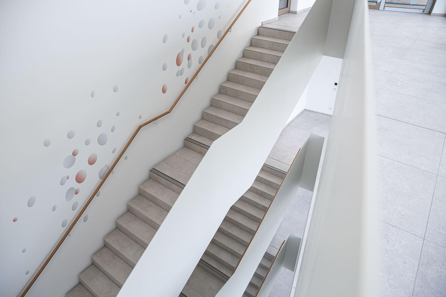 Blick in die Treppenhalle